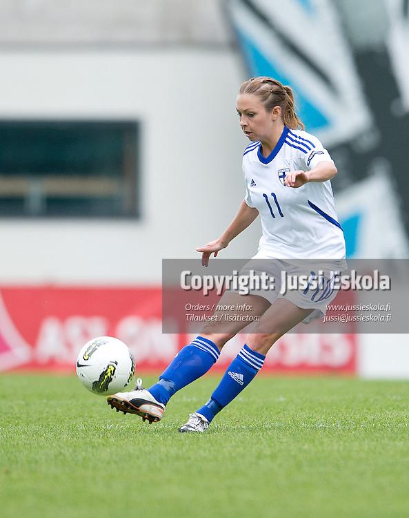Pernilla Nordlund. Viro - Suomi. Naisten EM-karsintaottelu. Tallinna 15.9.2012. Photo: Jussi Eskola