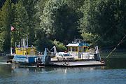 Wheatland ferry crossing the Willamette River near Salem, Willamette Valley, Oregon
