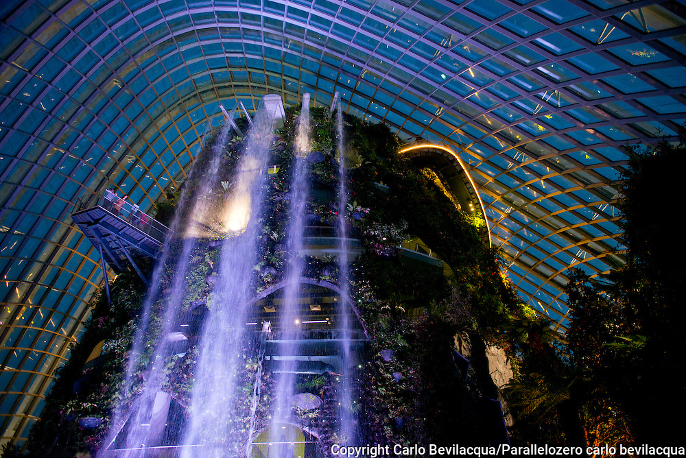 Singapore - A rainforest waterfall at the Garden The Bay Utopia A visual journey which explores - from India and Singapore to Vancouver Island, Canada, across Europe and the United States - the world of utopian communities, ( alternative, spiritual, artistic, hippie, environmental) together with individual initiatives which embody the utopian spirit.<br /> Auroville, Sadhana Forest, Can Masdeu, Christiania, Damanhur, Marinaleda, Earthship, Elves,Vieille Valette, Freedom Cove, Yogaville, Twin Oaks.<br /> The project documents how these communities, born decades ago, have evolved and how they managed to survive to the pressure of our dominant culture. Utopia A visual journey which explores - from India and Singapore to Vancouver Island, Canada, across Europe and the United States - the world of utopian communities, ( alternative, spiritual, artistic, hippie, environmental) together with individual initiatives which embody the utopian spirit.<br /> The project documents how these communities, born decades ago, have evolved and how they managed to survive to the pressure of our dominant culture.
