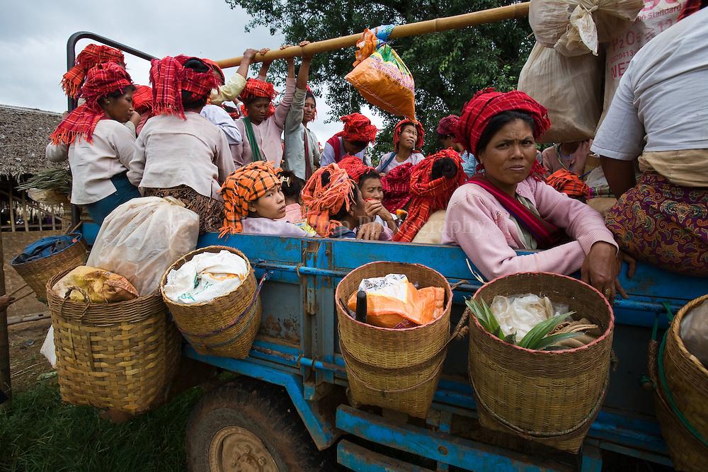 Pa O women at Inthein market, Inle Lake, Shan State, Myanmar.