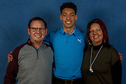 KELOWNA, CANADA - JANUARY 08:  Billet Dinner on January 08, 2017 at Prospera Place in Kelowna, British Columbia, Canada.  (Photo By Cindy Rogers/Nyasa Photography,  *** Local Caption *** Devante Stephens #21 of the Kelowna Rockets
