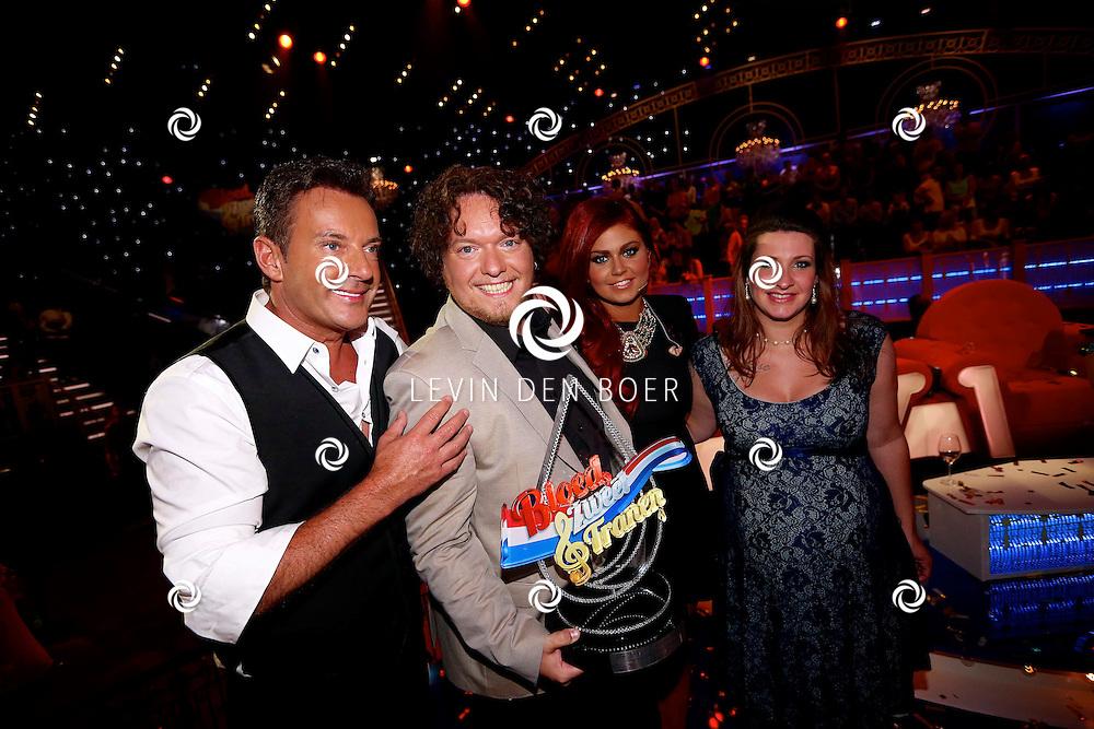 HILVERSUM - In Studio24 is de Finale van Bloed, Zweet en Tranen. Met op de foto Gerard Joling, Jason Bouman, Roxeanne Hazes en Samantha Bouman. FOTO LEVIN DEN BOER - PERSFOTO.NU