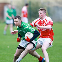 Eire îg Colm Smyth & Kilrush's  Jim Young  in action during their Game played in Ennis.<br /> Pictured Credit Brian Gavin Press 22<br /> Eire Óg Colm Smyth & Kilrush's  Jim Young  in action during their Game played in Ennis.<br /> Pictured Credit Brian Gavin Press 22