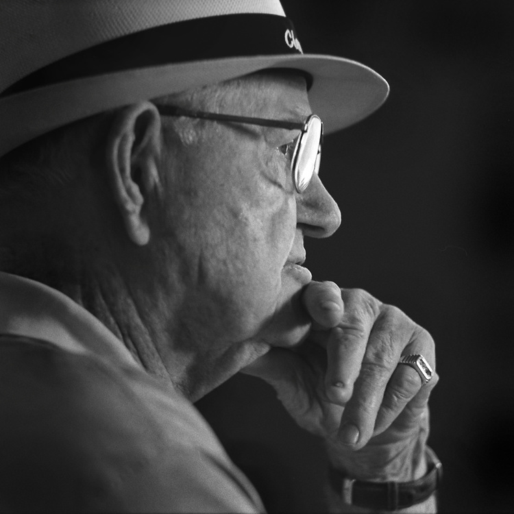 Portrait of golf legend Byron Nelson, photographed in Irving, Texas in July 2003. Photograph copyright 2003 Darren Carroll.