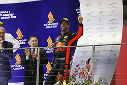 September 17, 2017 - Singapore, Singapore - Motorsports: FIA Formula One World Championship 2017, Grand Prix of Singapore, ..#3 Daniel Ricciardo (AUS, Red Bull Racing) (Credit Image: © Hoch Zwei via ZUMA Wire)