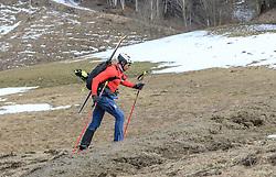 22.03.2018, Pichl-Preunegg bei Schladming, AUT, Red Bull Der lange Weg, Überquerung Alpenhauptkamm, längste Skitour der Welt, im Bild Bernhard Hug (SUI) // Bernhard Hug of Switzerland during the Red Bull Der lange Weg, crossing of the main ridge of the Alps, longest ski tour of the world, in Pichl-Preunegg near Schladming, Austria on 2018/03/22. EXPA Pictures © 2018, PhotoCredit: EXPA/ Martin Huber