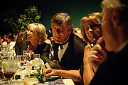 STEPHEN FRY; LADY ANNABEL GOLDSMITH, The Ormeley dinner in aid of the Ecology Trust and the Aspinall Foundation. Ormeley Lodge. Richmond. London. 29 April 2009