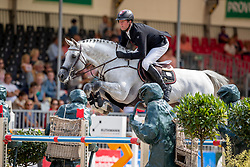SOSATH Hendrik (GER), CASINO BERLIN<br /> Münster - Turnier der Sieger 2019<br /> Preis des EINRICHTUNGSHAUS OSTERMANN, WITTEN<br /> CSI4* - Int. Jumping competition  (1.45 m) - <br /> 1. Qualifikation Mittlere Tour<br /> Medium Tour<br /> 02. August 2019<br /> © www.sportfotos-lafrentz.de/Stefan Lafrentz