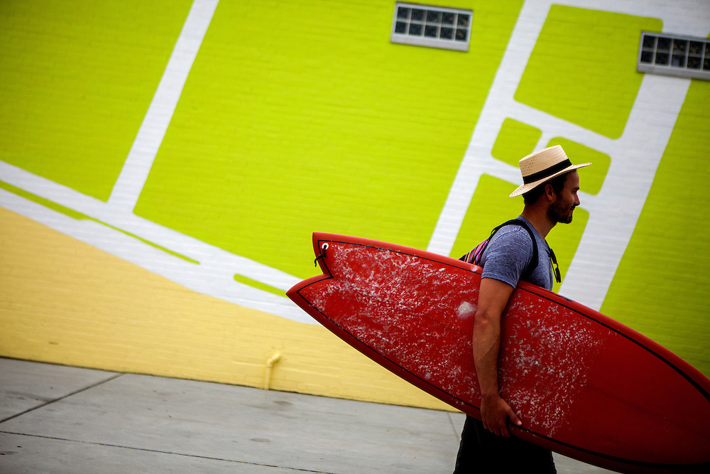 QUEENS, N.Y. - JULY 2, 2015: Shaun Elabd of Los Angeles heads toward Rockaway Beach on a Thursday before the long Fourth of July holiday weekend. CREDIT: Sam Hodgson for The New York Times