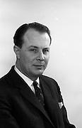 23/03/1966<br /> 03/23/1966<br /> 23 March 1966<br /> Mr Jim O'Connell of W. D.& H. O. Wills tobacco company.