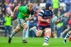 Harry Thacker of Bristol Bears breaks away as Chris Robshaw of Harlequins chases- Mandatory by-line: Ryan Hiscott/JMP - 22/09/2018 - RUGBY - Ashton Gate Stadium - Bristol, England - Bristol Bears v Harlequins - Gallagher Premiership Rugby