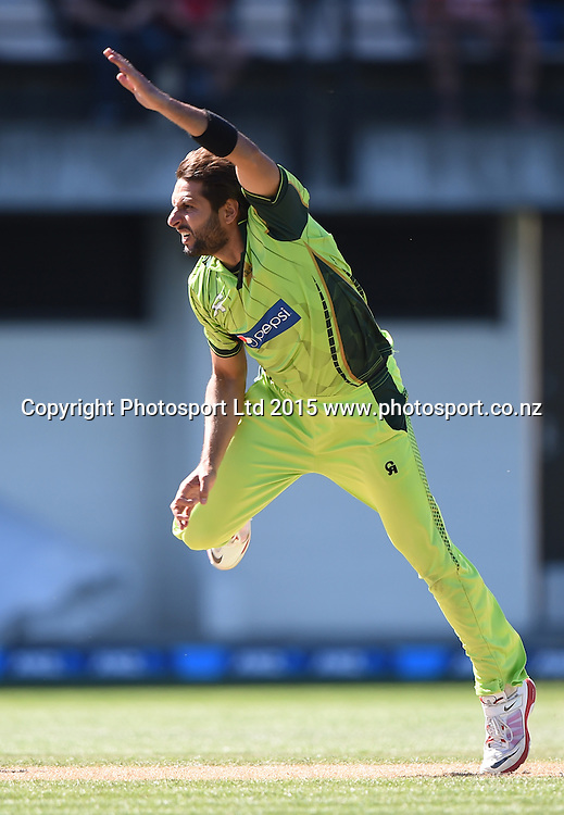 Shahid Afridi bowling. ANZ One Day International Cricket Series. Match 2 between New Zealand Black Caps and Pakistan at McLean Park in Napier, New Zealand. Tuesday 3 February 2015. Copyright Photo: Andrew Cornaga / www.Photosport.co.nz
