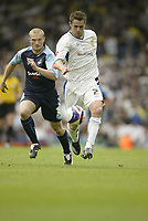 Photo: Aidan Ellis.<br /> Leeds United v Swansea City. Coca Cola League 1. 22/09/2007.<br /> Leeds Frazer Richardson and Swansea's Warren Feeney (L) chase the ball.