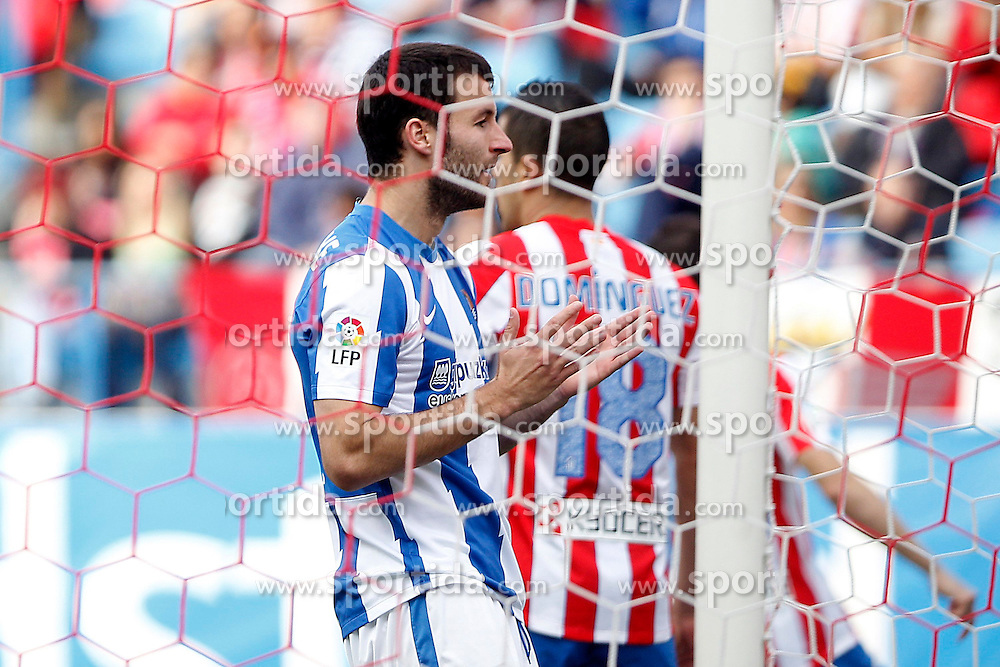 02.05.2012, Vicente Calderon Stadion, Madrid, ESP, Primera Division, Atletico Madrid vs Real Sociedad, Ersatztermin, im Bild Real Sociedad's Imanol Agirretxe dejected // during the football match of spanish 'primera divison' league, alternate date, between Atletico Madrid and Real Sociedad at Vicente Calderon stadium, Madrid, Spain on 2012/05/02. EXPA Pictures © 2012, PhotoCredit: EXPA/ Alterphotos/ Acero..***** ATTENTION - OUT OF ESP and SUI *****