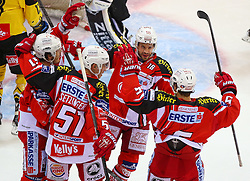 08.12.2014, Albert Schultz Eishalle, Wien, AUT, EBEL, UPC Vienna Capitals vs EC KAC, 25. Runde, im Bild Torjubel Manuel Geier (EC KAC), Oliver Setzinger (EC KAC), Thomas Koch (EC KAC) und Jason Desantis (EC KAC) // during the Erste Bank Icehockey League 25th Round match between UPC Vienna Capitals and EC KAC at the Albert Schultz Ice Arena, Vienna, Austria on 2014/12/08. EXPA Pictures © 2014, PhotoCredit: EXPA/ Thomas Haumer
