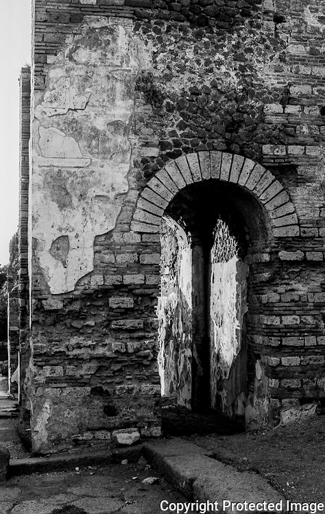 Old Pompeii Ruins, Ercolano gate of the old city
