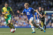 Tom Davies (Everton) during the Barclays Premier League match between Everton and Norwich City at Goodison Park, Liverpool, England on 15 May 2016. Photo by Mark P Doherty.