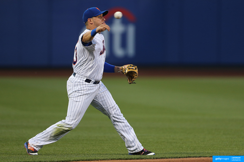 NEW YORK, NEW YORK - May 31:  Shortstop Asdrubal Cabrera #13 of the New York Mets makes an out during the Chicago White Sox Vs New York Mets regular season MLB game at Citi Field on May 31, 2016 in New York City. (Photo by Tim Clayton/Corbis via Getty Images)