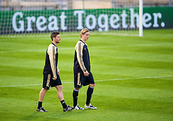 MARSEILLE, FRANCE - Monday, September 15, 2008: Liverpool's Xabi Alonso and Fernando Torres during training ahead of the opening UEFA Champions League Group D match against Olympique de Marseille at Stade Velodrome. (Photo by David Rawcliffe/Propaganda)
