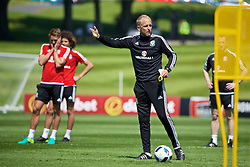 CARDIFF, WALES - Friday, June 3, 2016: Wales' coach Paul Trollope during a training session at the Vale Resort Hotel ahead of the International Friendly match against Sweden. (Pic by David Rawcliffe/Propaganda)