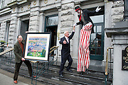 24/01/2013 Repro free. Stilt Walker Gwen Le Guillou Viva events,  with Artist Ted Turton and actor Frank Kelly at Hotel Meyrick for the unveiling of a commissioned painting to celebrate Hotel Meyrick's intrinsic link with the arts and culture of Galway city, coinciding with the hotel's 160th anniversary.Picture:Andrew Downes