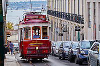 Portugal, Lisbonne, quartier de Baixa pombalin, tramway // Portugal, Lisbon, tram, Baixa pombalin