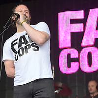 Linlithgow Scotland, UK.10th August 2019,  pub landlord Al Murray's band Fat Cops play live at Party at The Palace 2019