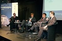 """25 NOV 2003, BERLIN/GERMANY:<br /> Michael Rogowski, Praesident BDI, Hajo Schumacher, Journalist, Michael Glos, Stellv. Fraktionsvors. CDU/CSU Fraktion, Franz Muentefering, SPD Fraktionsvorsitzender, (v.L.n.R.), waehrend der Abschlussdiskussion zm Thema """"Kommunikation ohne Klischees"""", Politikkongress, dbb Forum<br /> IMAGE: 20031125-01-185<br /> KEYWORDS: Franz Müntefering"""