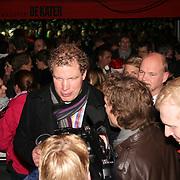 NLD/Enschede/20121223 - Serious Request dag 6 - Bert Lansink van Boer zoekt vrouw met vrouwelijke aandacht