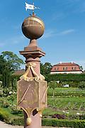 Prinz-Georg-Garten, Sonnenuhr, Darmstadt, Hessen, Deutschland   Prinz Georg garden, Darmstadt, Germany