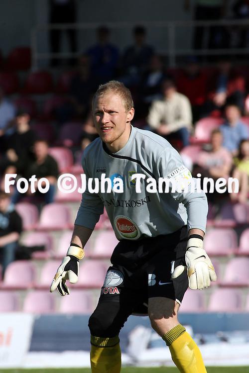 02.05.2009, Anjalankosken jalkapallostadion, Kouvola, Finland..Veikkausliiga 2009 - Finnish League 2009.Myllykosken Pallo-47 - FC Inter Turku.Antti Kuismala - MyPa.©Juha Tamminen.