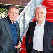 NLD/Hilversum/20120606 -Uitreiking Nipkowschrijf 2012, Voorzitter Henk van Gelder en burgemeester van Hilversum Pieter Boertjes