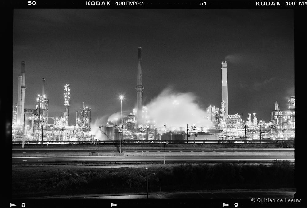 Olieraffinaderij op Europoort