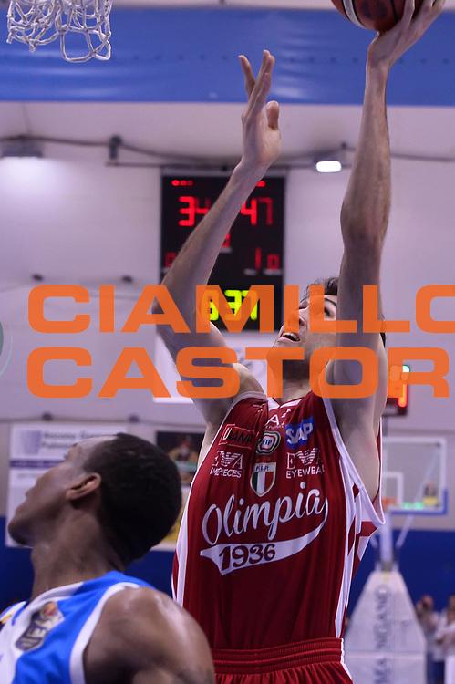 Davide Pascolo <br /> Betaland Capo D'Orlando - EA7 Emporio Armani Olimpia Milano<br /> Playoff Gara 4<br /> Lega Basket 2016/2017<br /> Capo D'Orlando 18/05/2017<br /> Foto Ciamillo-Castoria