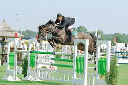 Van den Broek Henk-Nigel<br />KWPN Paardendagen 2001<br />Photo © Dirk Caremans