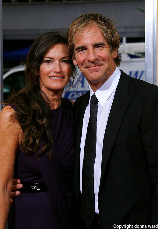 Scott Bakula and Chelsea Field attend 'The Informant!' premiere at the Ziegfeld Theatre on September 15, 2009 in New York City.