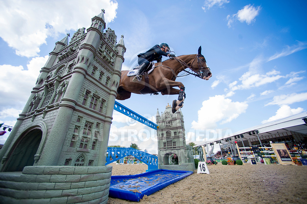 Lorenzo De Luca (ITA) & Hallifax van het Kluizebos - Rolex Grand Prix - CSI5* Jumping - Royal Windsor Horse Show - Home Park, Windsor, United Kingdom - 14 May 2017