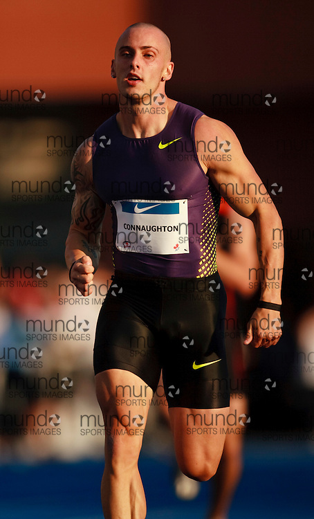 Toronto, Ontario ---10-07-29--- Jared Connaughton competes in the 200 metres at the 2010 Canadian Track and Field Championships in Toronto, Ontario July 29,  2010.. GEOFF ROBINS/Mundo Sport Images.