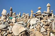 28/Julio/2009 Formentera<br /> Figuras de piedras en Es Pas<br /> <br /> &copy; JOAN COSTA