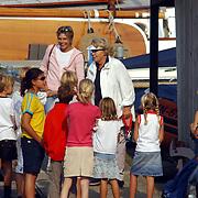 Aankomst haven Koninging Beatrix met de Groene Draeck, Prinses Laurentien,