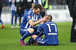 09.03.2015, Wildparkstadion, Karlsruhe, GER, 2. FBL, Karlsruher SC vs RB Leipzig, 24. Runde, im Bild Dominic Peitz (Karlsruher SC) troestet den sitzenden Rouwen Hennings (Karlsruher SC) // during the 2nd German Bundesliga 24th round match between Karlsruher SC and RB Leipzig at the Wildparkstadion in Karlsruhe, Germany on 2015/03/09. EXPA Pictures © 2015, PhotoCredit: EXPA/ Eibner-Pressefoto/ Bermel<br /> <br /> *****ATTENTION - OUT of GER*****