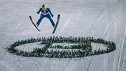 06.01.2020, Paul Außerleitner Schanze, Bischofshofen, AUT, FIS Weltcup Skisprung, Vierschanzentournee, Bischofshofen, Finale, im Bild Mackenzie Boyd-Clowes (CAN) // Mackenzie Boyd-Clowes of Canada during the final for the Four Hills Tournament of FIS Ski Jumping World Cup at the Paul Außerleitner Schanze in Bischofshofen, Austria on 2020/01/06. EXPA Pictures © 2020, PhotoCredit: EXPA/ Dominik Angerer
