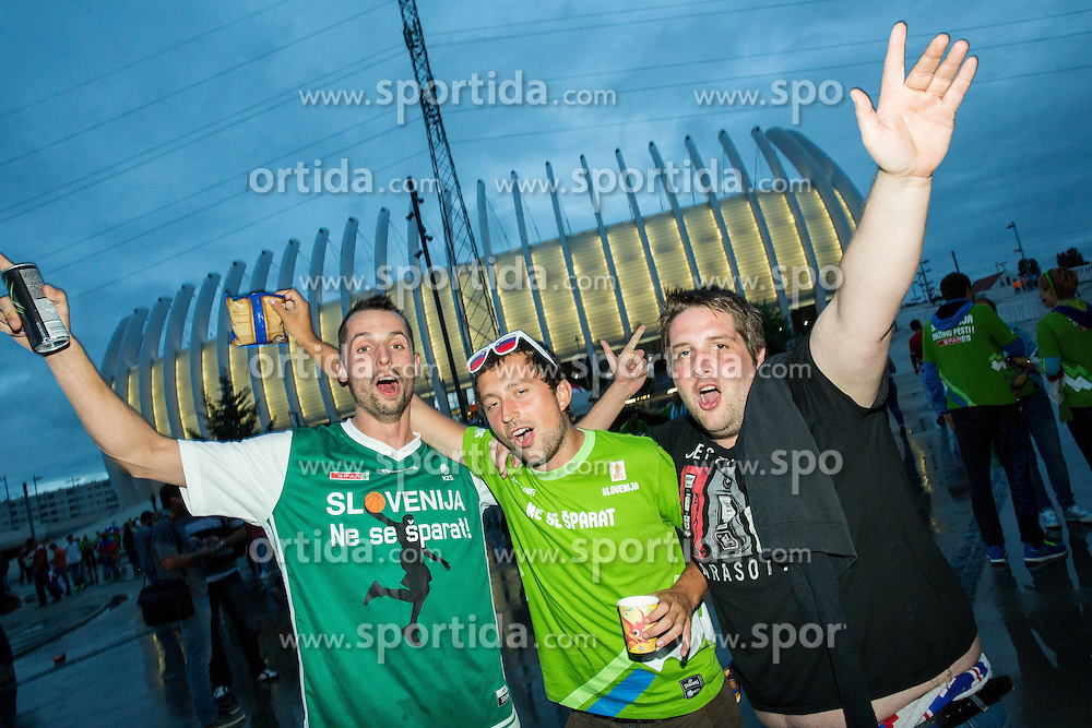 Fans of Slovenia prior to the basketball match between Croatia and Slovenia at Day 1 in Group C of FIBA Europe Eurobasket 2015, on September 5, 2015, in Arena Zagreb, Croatia. Photo by Vid Ponikvar / Sportida