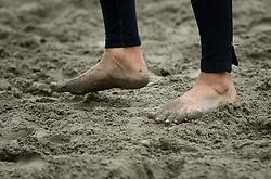 20150621 NED: Wildcard WK Beachvolleybal, Amstelveen<br /> In Amstelveen werd er voor de laatste ticket voor het WK gestreden / In Amstelveen werden je voeten goed vies van het zand/klei.