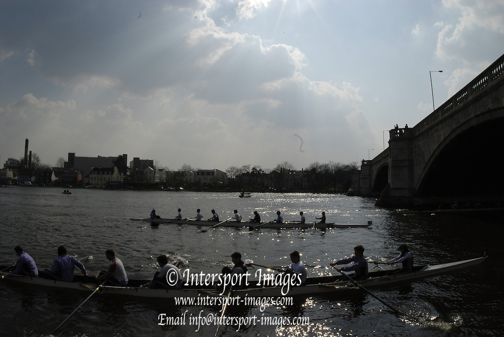 London, GREAT BRITAIN, General view  before  the 2007 Head of the River race on Sat 31.03.2007, Putney, [Photo Peter Spurrier/Intersport Images] , Rowing Course: River Thames, Championship course, Putney to Mortlake 4.25 Miles,