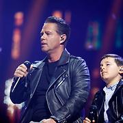 NLD/Amsterdam/20180414 - Holland Zingt Hazes 2018, Danny de Munk en Silver Metz