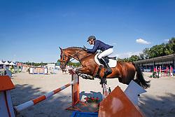 Klompmaker Hester (NED) - Beegien SFN<br /> 7 jarige Springpaarden<br /> KWPN Paardendagen Ermelo 2013<br /> © Dirk Caremans