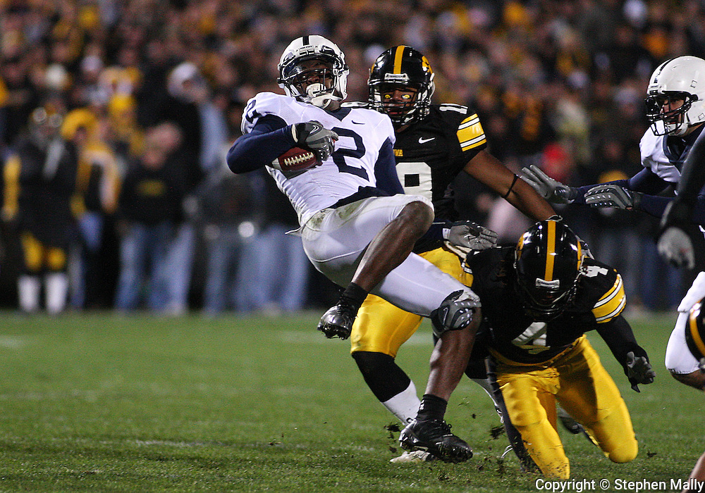 08 NOVEMBER 2008: Penn State wide receiver Derrick Williams (2) tries to spin away from the defenders in the second half of an NCAA college football game against Penn State, at Kinnick Stadium in Iowa City, Iowa on Saturday Nov. 8, 2008. Iowa beat Penn State 24-23.