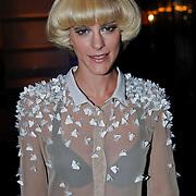 NLD/Amsterdam/20101111 - Inloop uitreiking Prix de la Mode 2010, Stacey Rookhuizen
