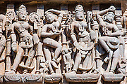 The #carvings in #Palitana Jain Temples walls are simply stunning. Khajuraho gets all the fame, but this ones are as good. #art #India